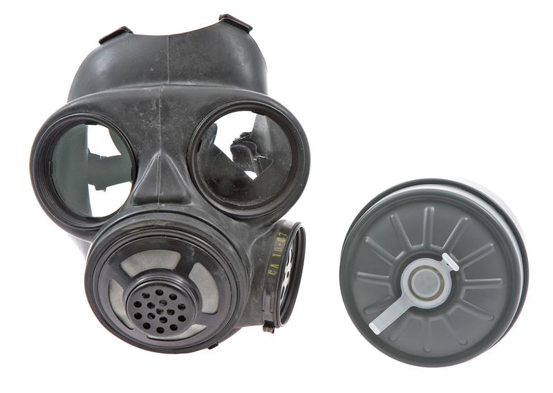 Gas Mask, Canadian C-3 M69 w/ Finnish M61 Filter, Size Medium, Unissued